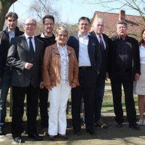 Der Vorstand des SPD Ortsvereins Friedrichsfeld/Spellen mit dem Landtagsabgeordneten