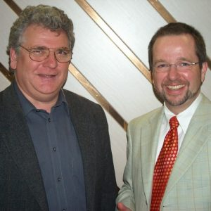 Landratskandidat Dr. Ansgar Müller (re.) mit dem Vorsitzenden des SPD Ortsvereins Friedrichsfeld/Spellen Uwe Kleindienst (li.)